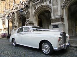 Classic Rolls Royce Silver Cloud for weddings in Rochester